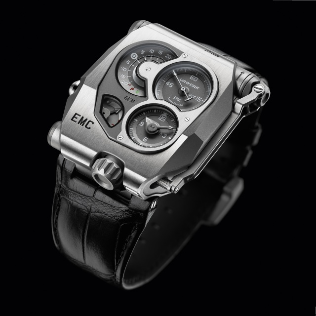 "The first high-end mechanical watch with ""artificial intelligence"""