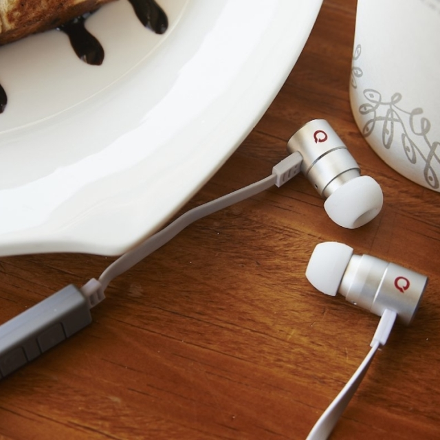 Bluetooth v4.0 NFC Earphones with Microphone