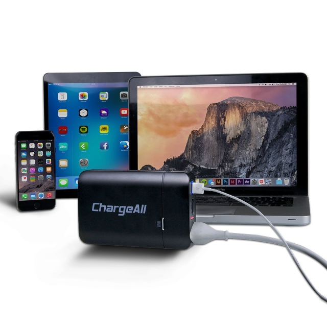 ChargeAll – Portable Power Outlet 12000mAh